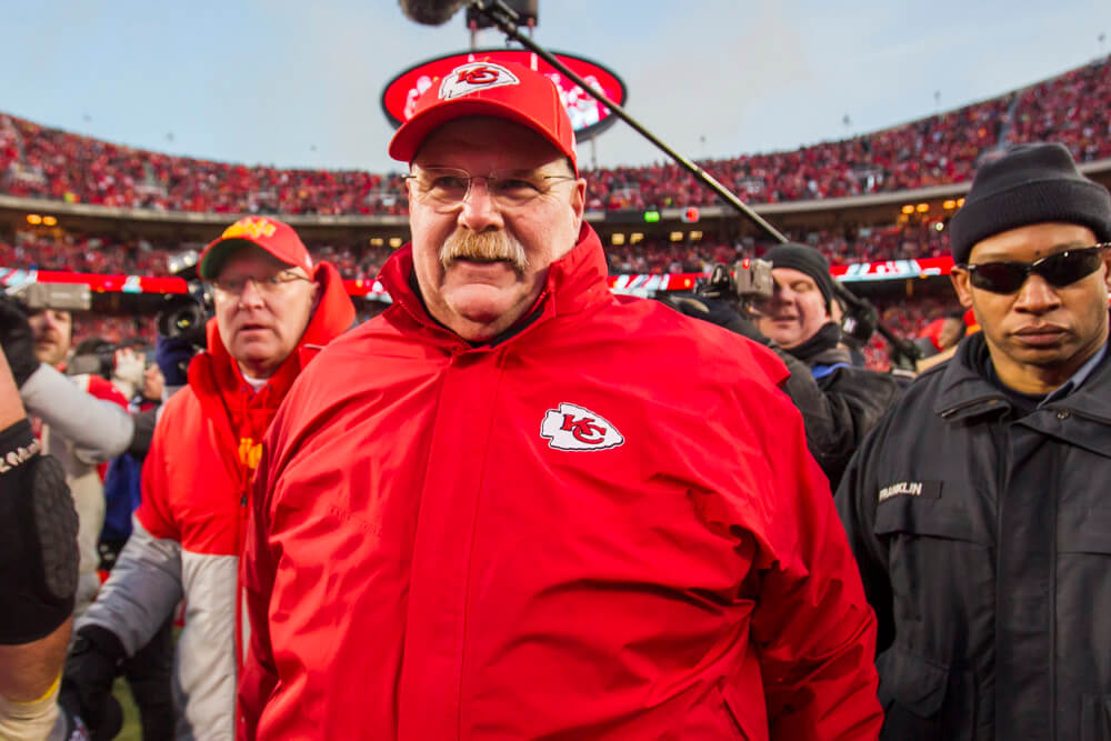 andy reid signs chiefs contract to 2025