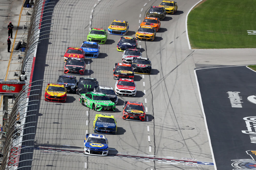 NASCAR super start batteries 400 preview